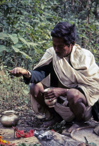 Raji Religion #79 Making offering at Nikasi (Semau) puja 12-10-69.jpg